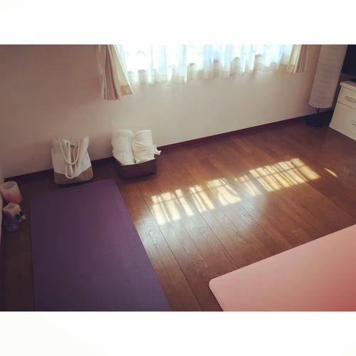 土曜ヨガクラス『yoga  ベーシック』80分 (❤︎初心者〜初級)