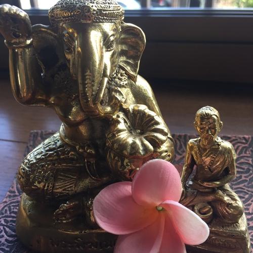 タイ古式リラクゼーション  Mi quole  ミクオーレ 予約受付ページ