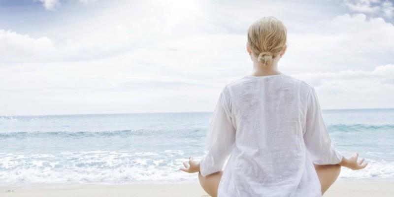 瞑想体験講座(毎月第3金曜日夜開催)