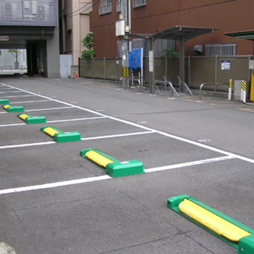 Aコンドミニアム駐車場A-1