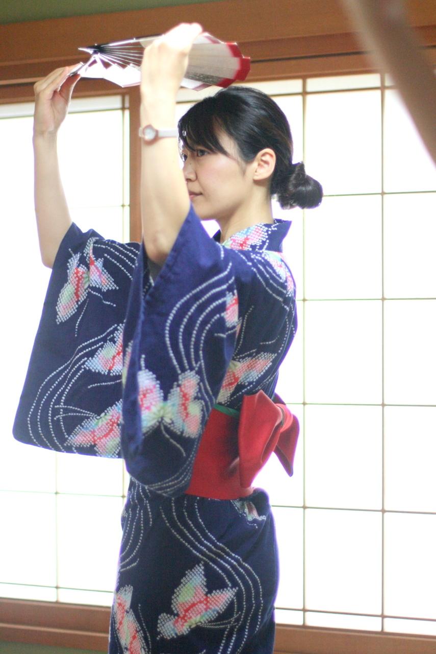 日本舞踊に学ぶ所作講座  -なでしこをどり塾-
