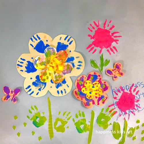 Angel Class3月 春いっぱい!おててぺったん絵の具遊びでお花ばたけ