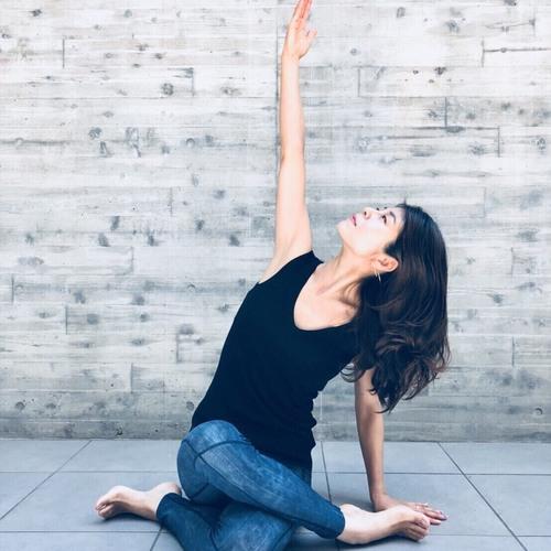 Mindfulness Yoga(マインドフルネスヨガ)森初世
