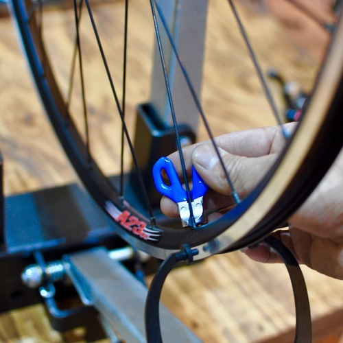 Basic03 : Wheel Truing / ゆがんだ車輪を直しましょう