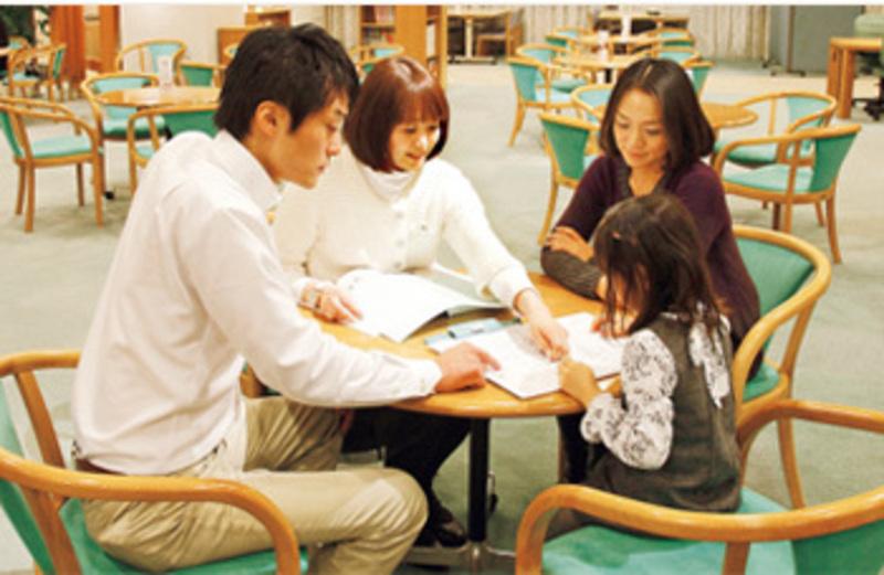 カリモク家具神戸ショールームのご予約
