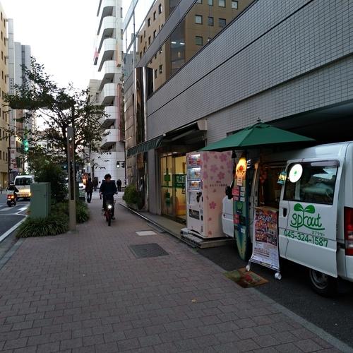 ガレージ・ショップ(関内さくら通り)