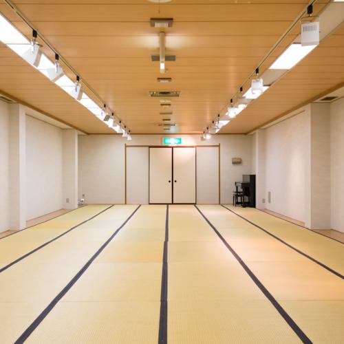 [レンタルスペース] 3F Hall ホール/ 月曜〜金曜 3時間〜 2,160円〜