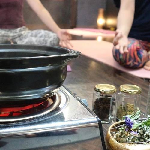 初級・Herbal season yogaⓇ(ハーバルシーズンヨガⓇ)養成講座