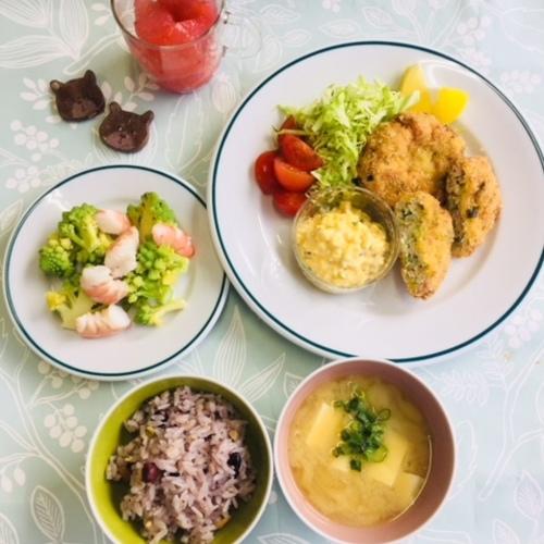 3月30日~4月27日 3歳からの料理教室 こども定食屋さん 鶏ミンチかつ