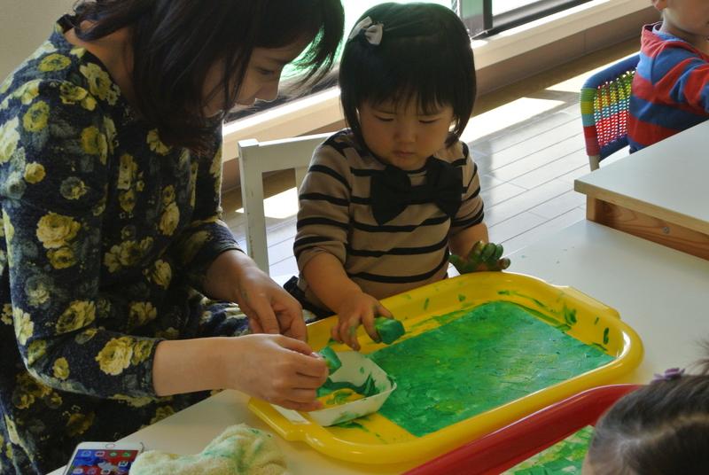 [2歳] 飾れる作品を造ろう!Babyアート☆Earth(地球)
