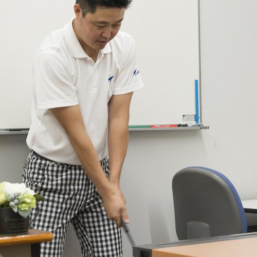 鈴木健一ゴルフアカデミー 個人レッスン予約