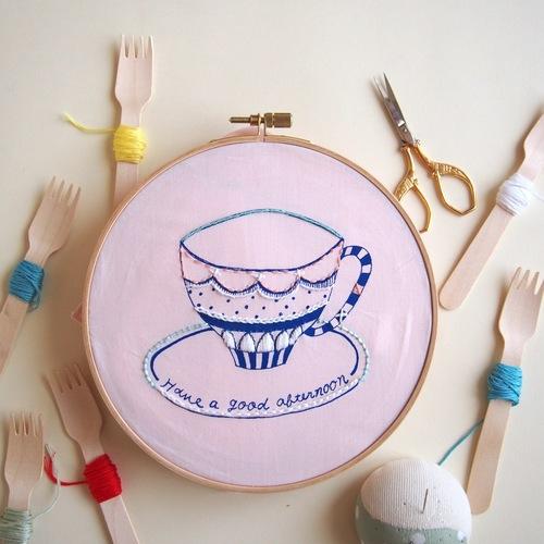 【布博 in 京都 vol.5/ワークショップ】artist in「刺繍CAFE 自由にステッチ、刺繍のハンカチ作り」
