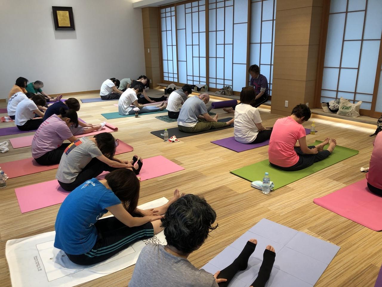 キャンサーヨガ&ピラティス教室 12月22日(日)10:15〜11:45
