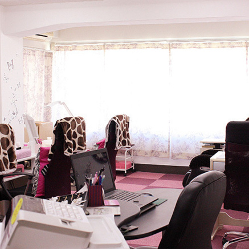 Rela Nail Salon (Lira Nail Salon)