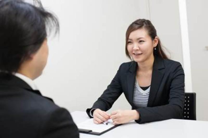【夏休みまでに就職活動を終了させたい人限定!】 個別面談&求人紹介の申し込み