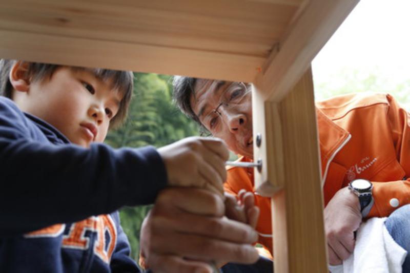 机づくり体験 in高知  間伐材で自分の学習机を作ろう!
