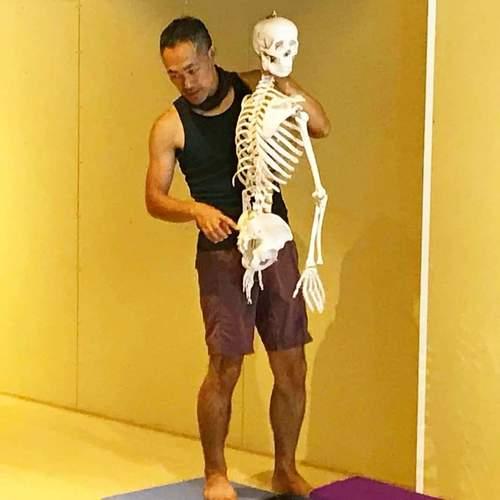 【高村昌寿(マサ)先生による 太陽礼拝x解剖学x筋膜リリースヨガWSx筋膜リリース体験レッスン一日参加