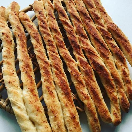 【おうちパンレッスン@多治見】 チョコスティックパン&スティックメロンパン