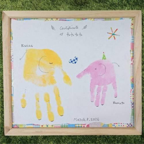 手形アートでお子さまの成長記録を