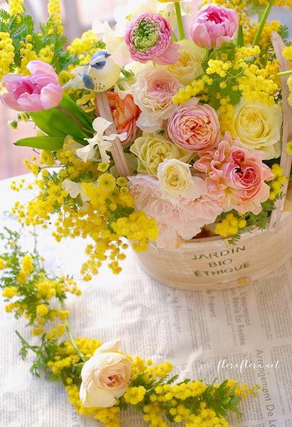 2019年3月 春の花いっぱいアレンジメントorウェディングブーケ(ラウンド)