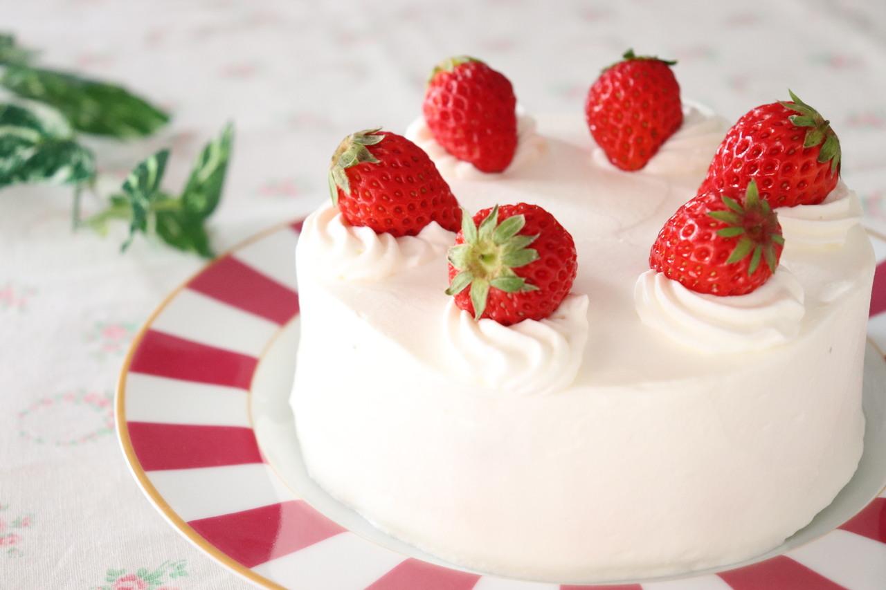 基本のお菓子 春はやっぱり!ショートケーキ