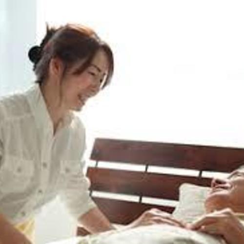 【9月6日(水) 負担軽減の介護技術〜移乗〜 / 講師 : 山出 貴宏】