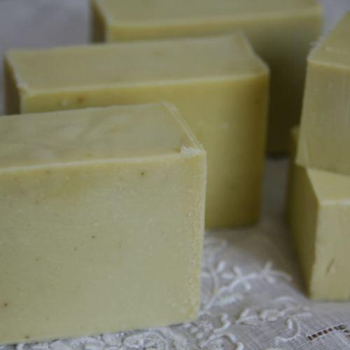 本格手作り石鹸~緑茶石鹸~