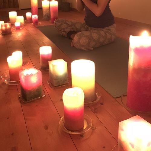 【1周年WS】花と灯りのキャンドルヨガ