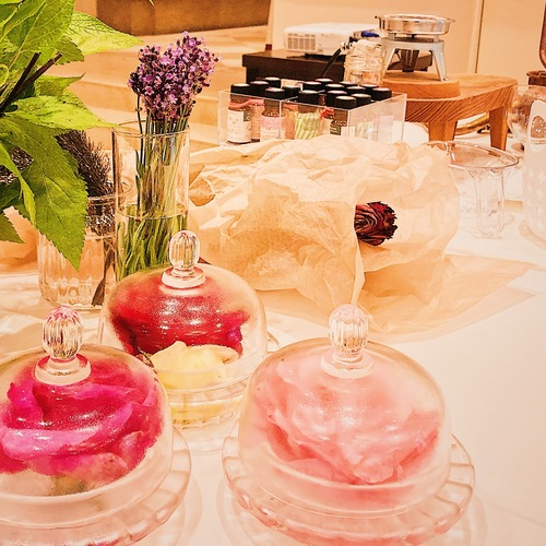 ローズ調香体験 90分5,000円(食用薔薇のワークショップNAKAI ROSE FARM広尾店)