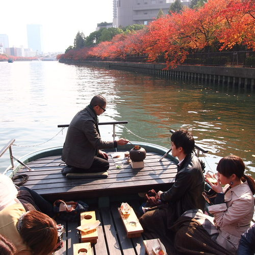 船上茶会(枚方) Tea ceremony experience on board