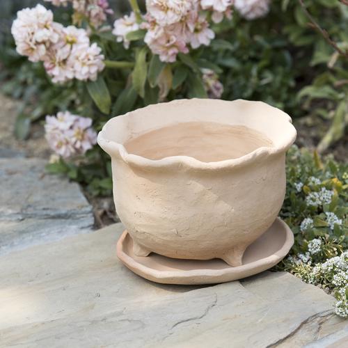 【5月】『テラコッタで作る三つ足の鉢』 講師:外山 節子