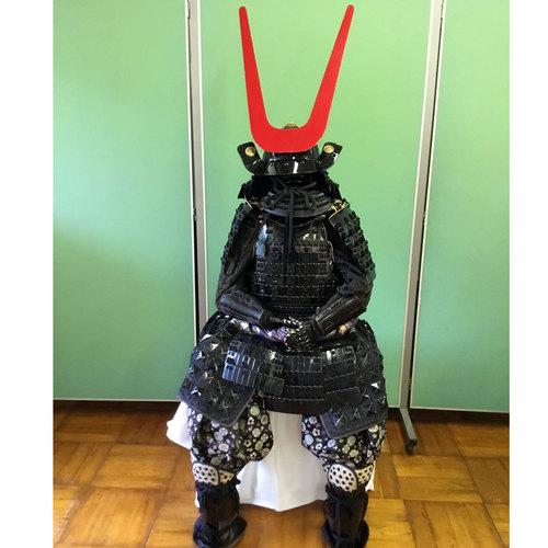 「島左近」の甲冑体験 プレミアム甲冑で笹尾山散策!
