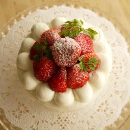 リクエスト【 米粉のショートケーキ 】