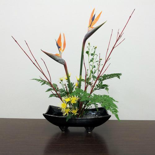 "#14 ""IKEBANA"" Japanese flower arrangement / 森真実さんの生け花と折り紙体験"
