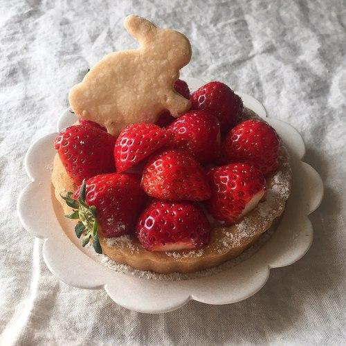 【2日間限定開催@東京・表参道】甘酒まるごと苺レアチーズタルトを作る、春の発酵スイーツレッスン