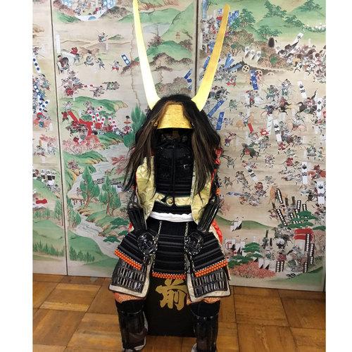 「石田三成」の甲冑体験 プレミアム甲冑で笹尾山散策!