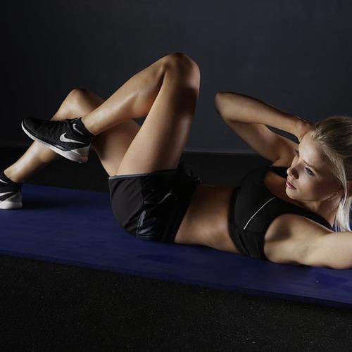 【有料クラス】レッスン料1000円!!美しい姿勢と引き締まったボディーラインを作る『体幹コアトレーニングクラス』