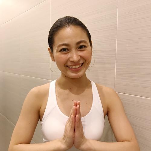 ヨガティス〜沖縄バージョン〜 あゆみ (yoga&pilates経験者のみ)