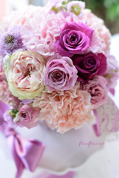 2019年5月 皐月大人ピンクの花たちと初夏の枝物たち アレンジメントorミニクレッセントブーケ