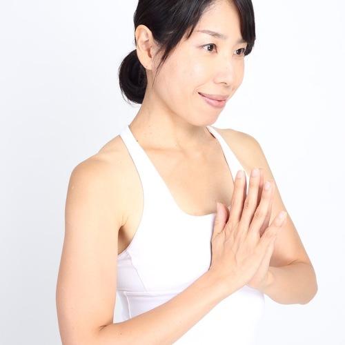 2/16土曜、3/9土曜 17:30〜  yogaクラス 代行 sawako