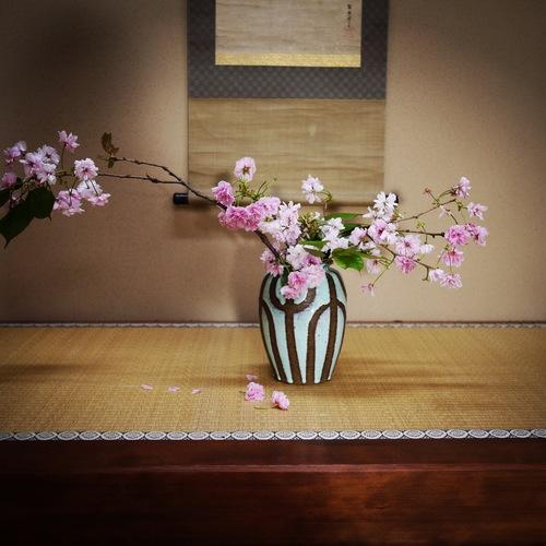 Fun Ikebana Experience at Ryokan for 75 mins