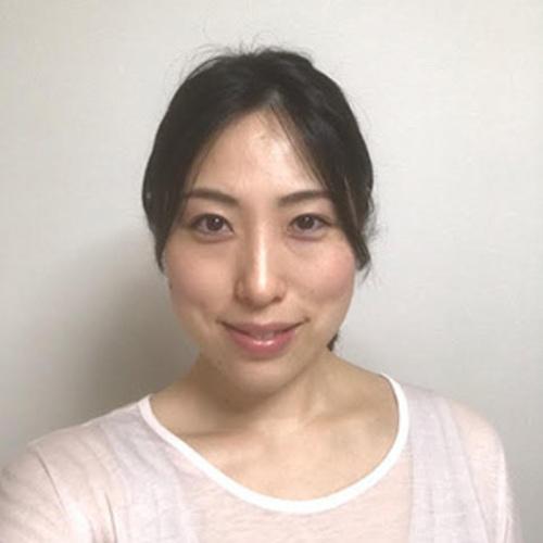 アロマヨガ AKI