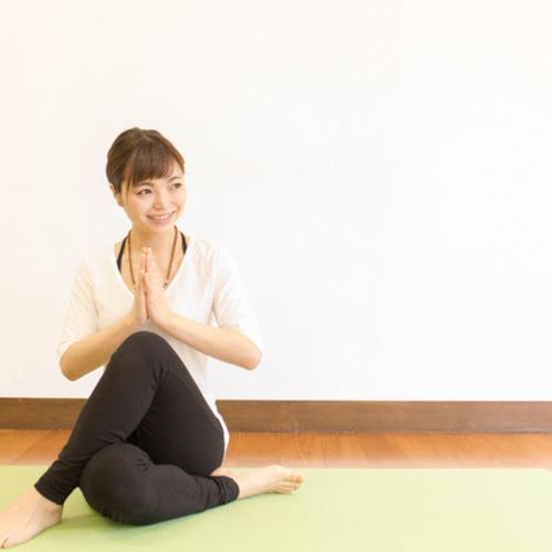 《担当:kana》sivananda yoga