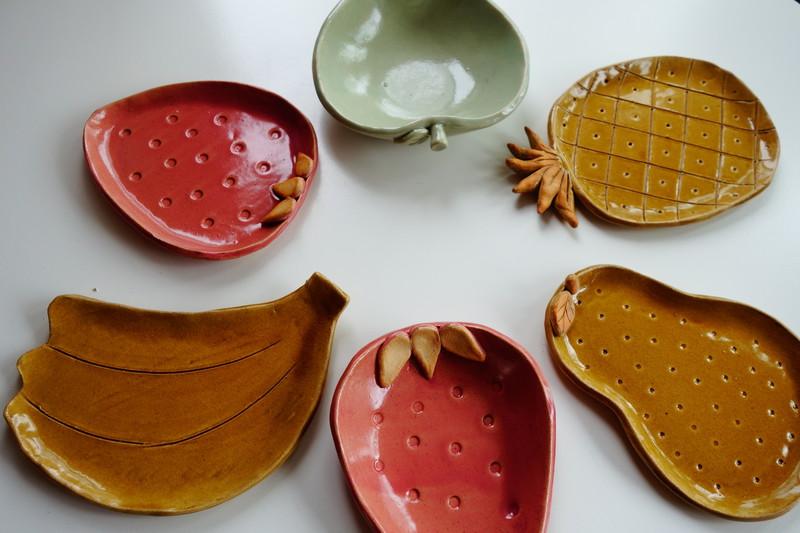 手びねり陶芸~フルーツプレート作り