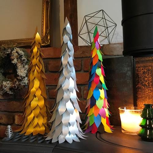 おとな造形 クリスマスツリー作り