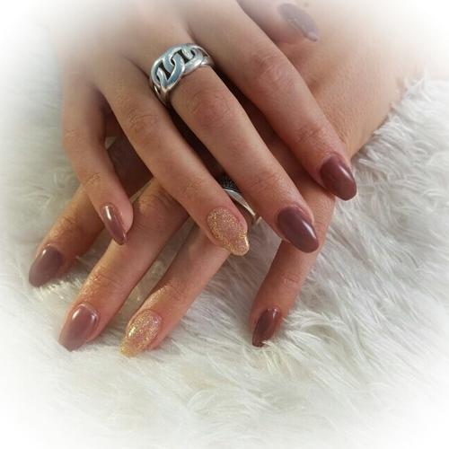 Nieuwe set gel nagels met nailart