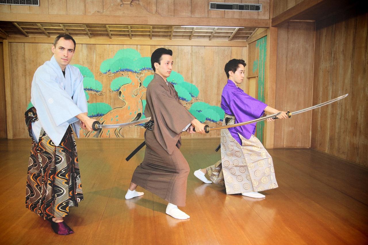 剣舞教室 -東京サムライ剣舞-