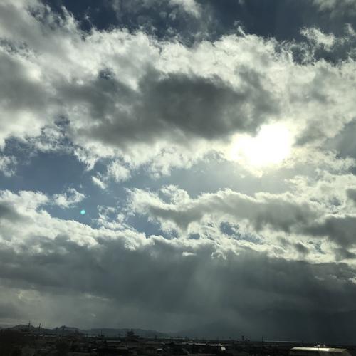 【京都 霊感霊視 靈氣】動く祈り場 西陣の拝み屋島原サロン常駐日予約表