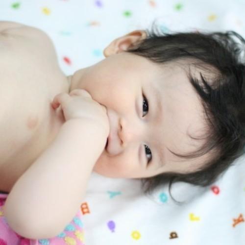 赤ちゃんヨガ &ベビーマッサージ