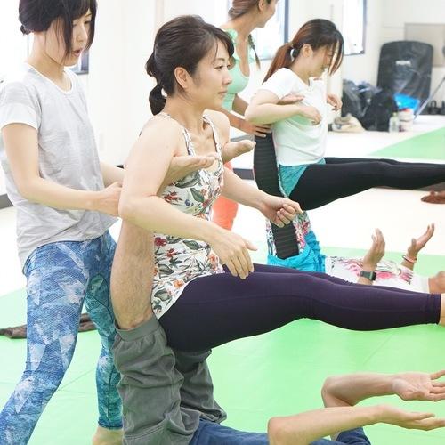 福岡でアクロヨガ 強化トレーニング